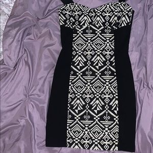 Black and white dress. Never worn before.